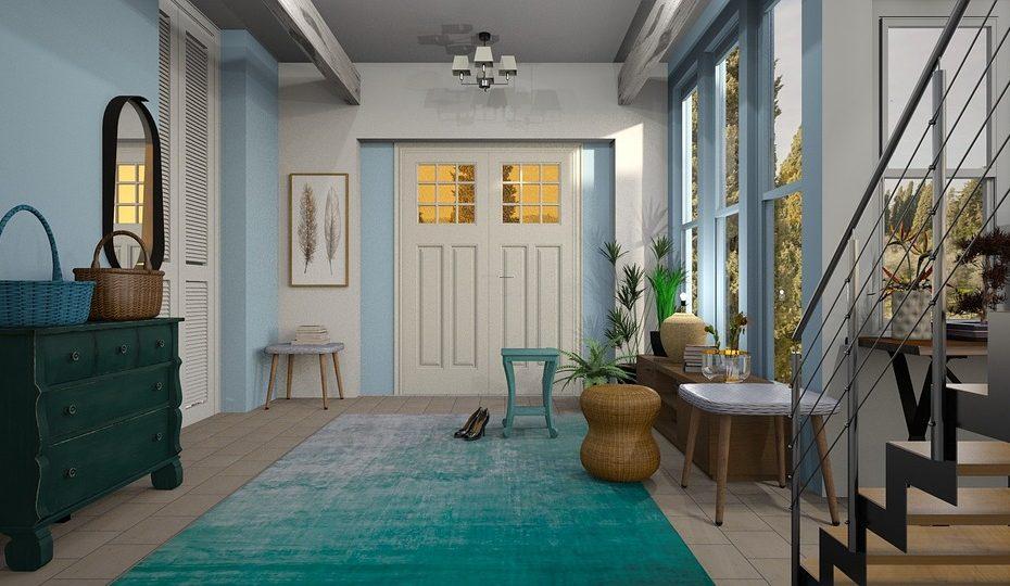 vestibule with area rug